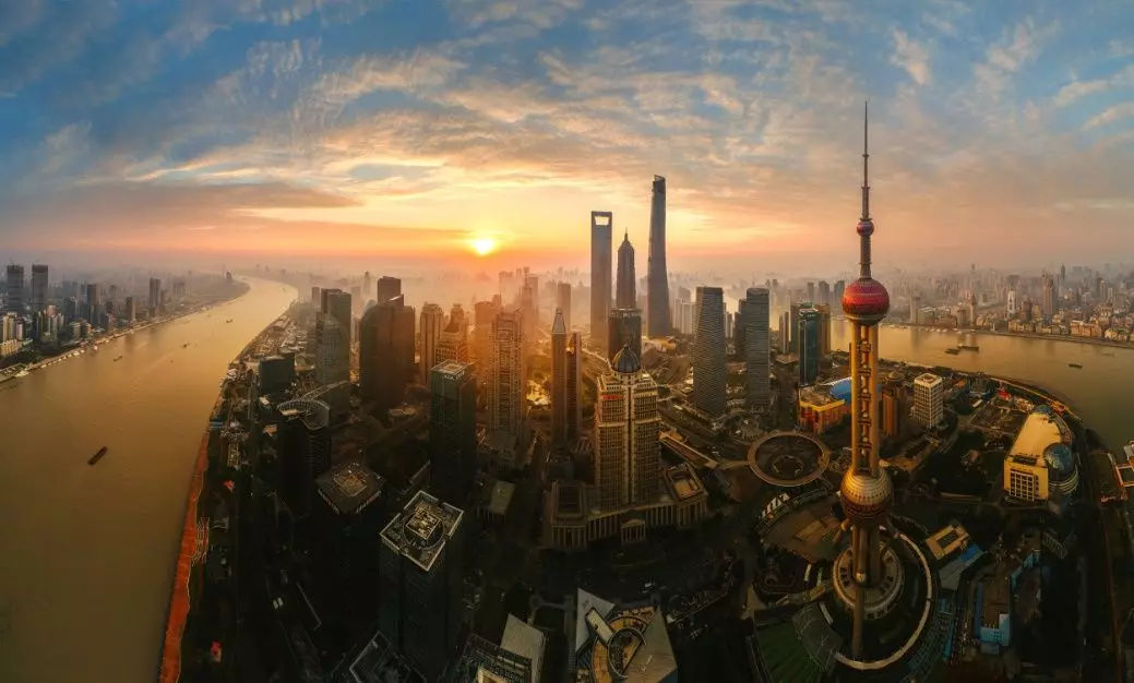 China continuously improves business environment